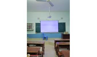 Một Số Hình Ảnh Thi Công Lắp Đặt Máy Chiếu Cho Các Lớp Học Của Công Ty Đức Pháp